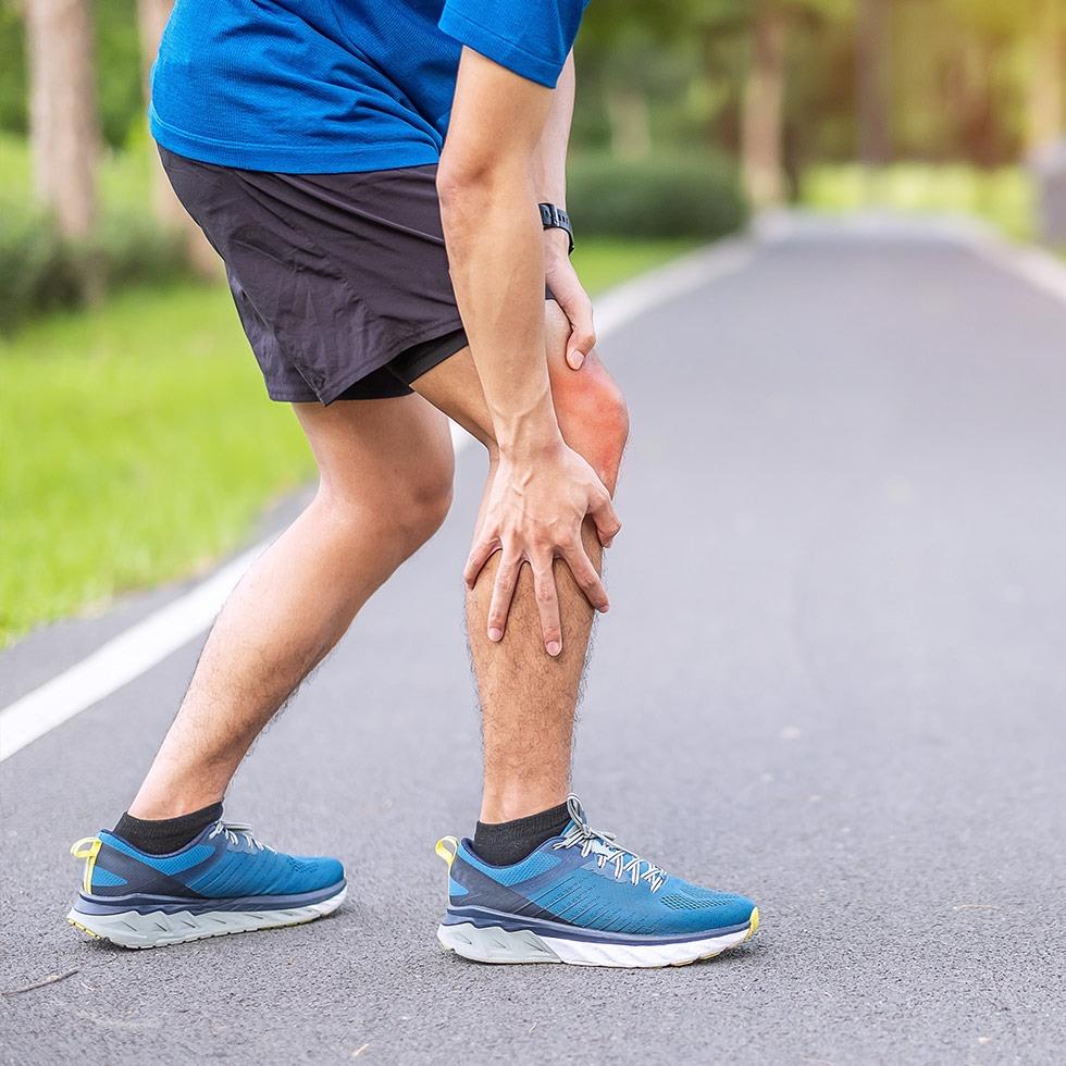 sports-injury-pateroferomal-pain